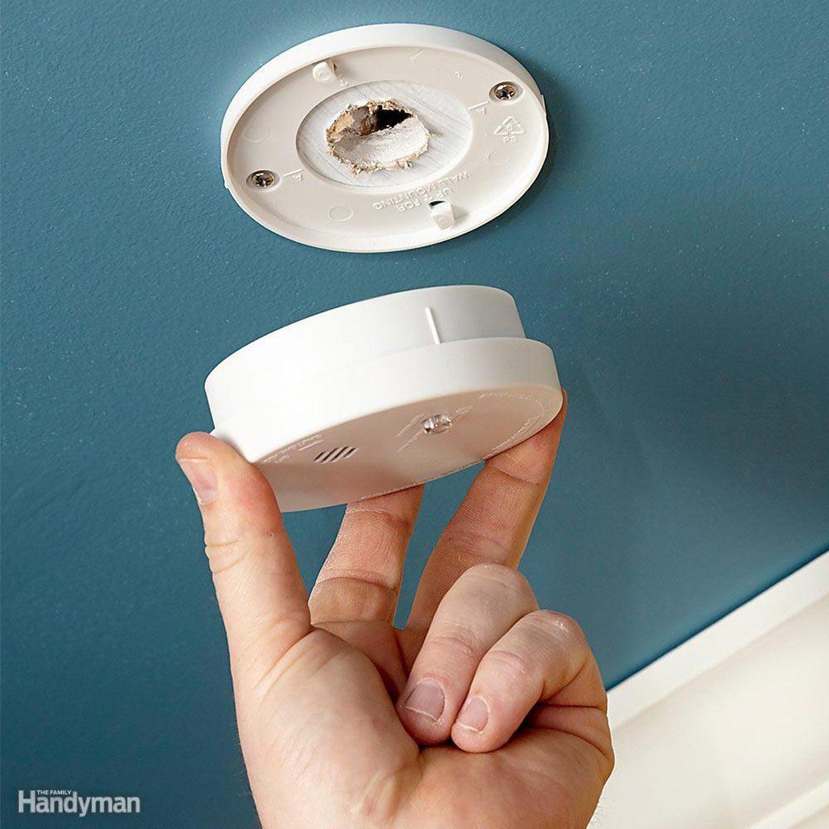 fh15jau_smokea_10 smoke alarm detector safety