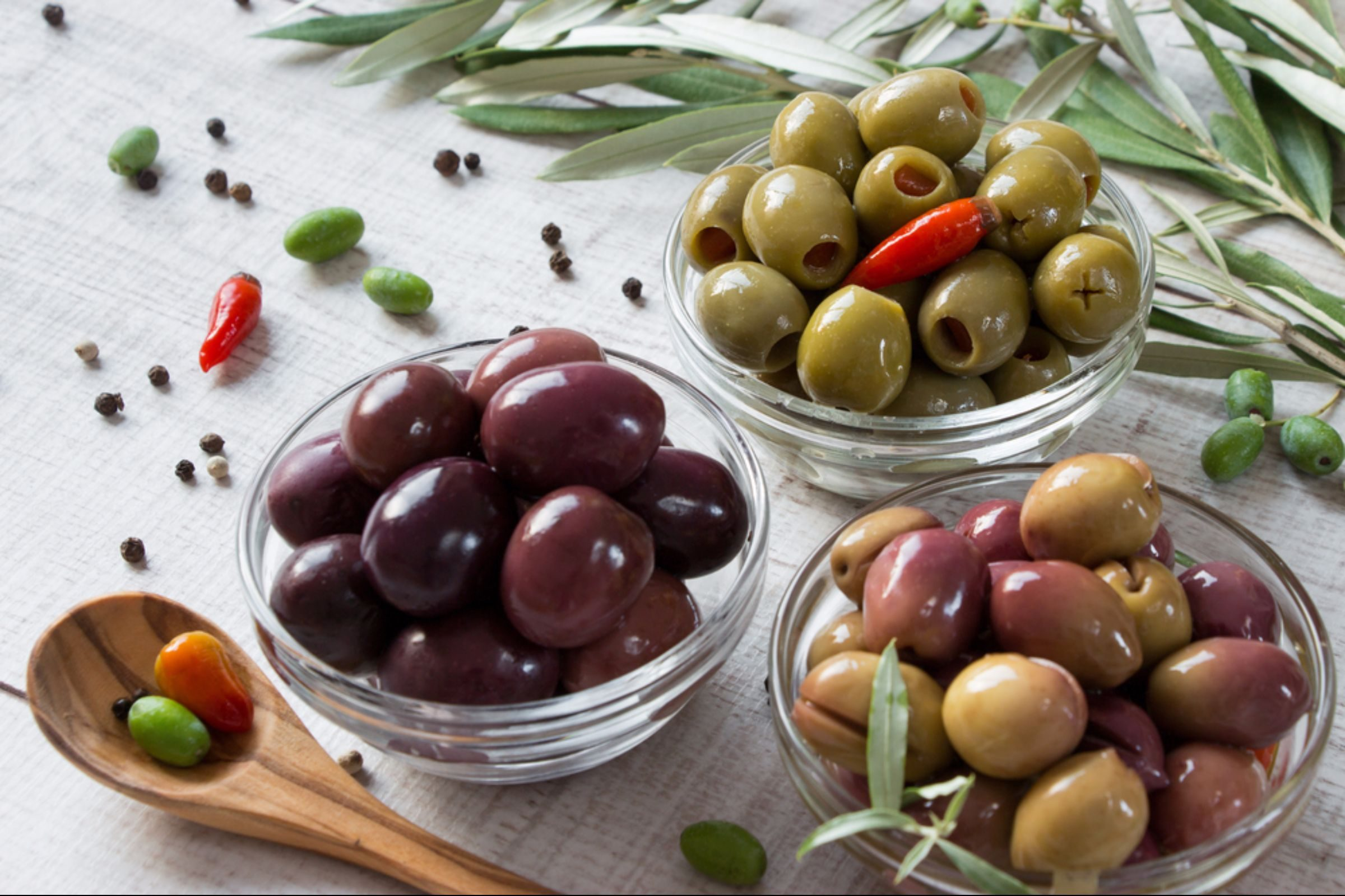 Kalamata and green olives