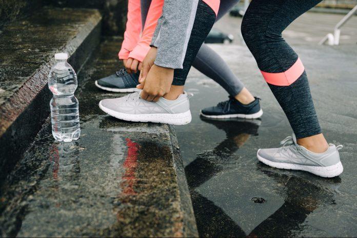 Tying running shoes