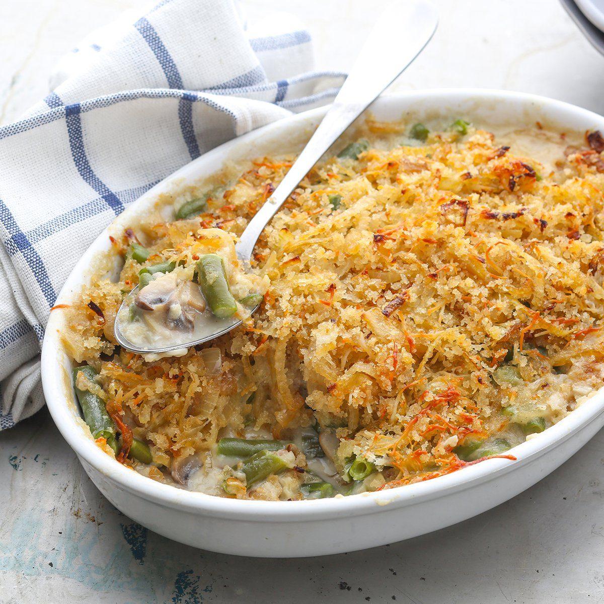 Green bean casserole; Shutterstock ID 1115920352