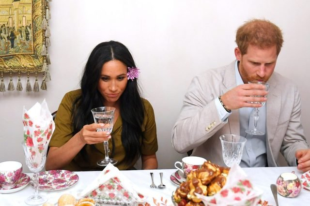 meghan and harry at dinner
