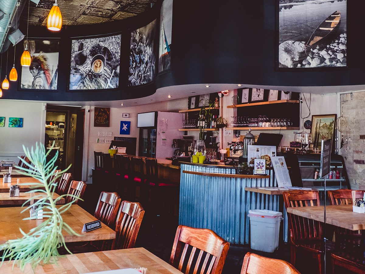 Feast Cafe & Bistro