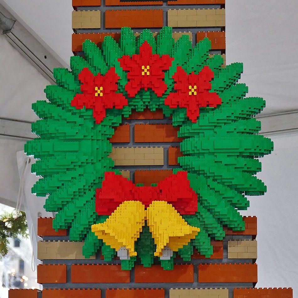 Deck the halls - Lego wreath