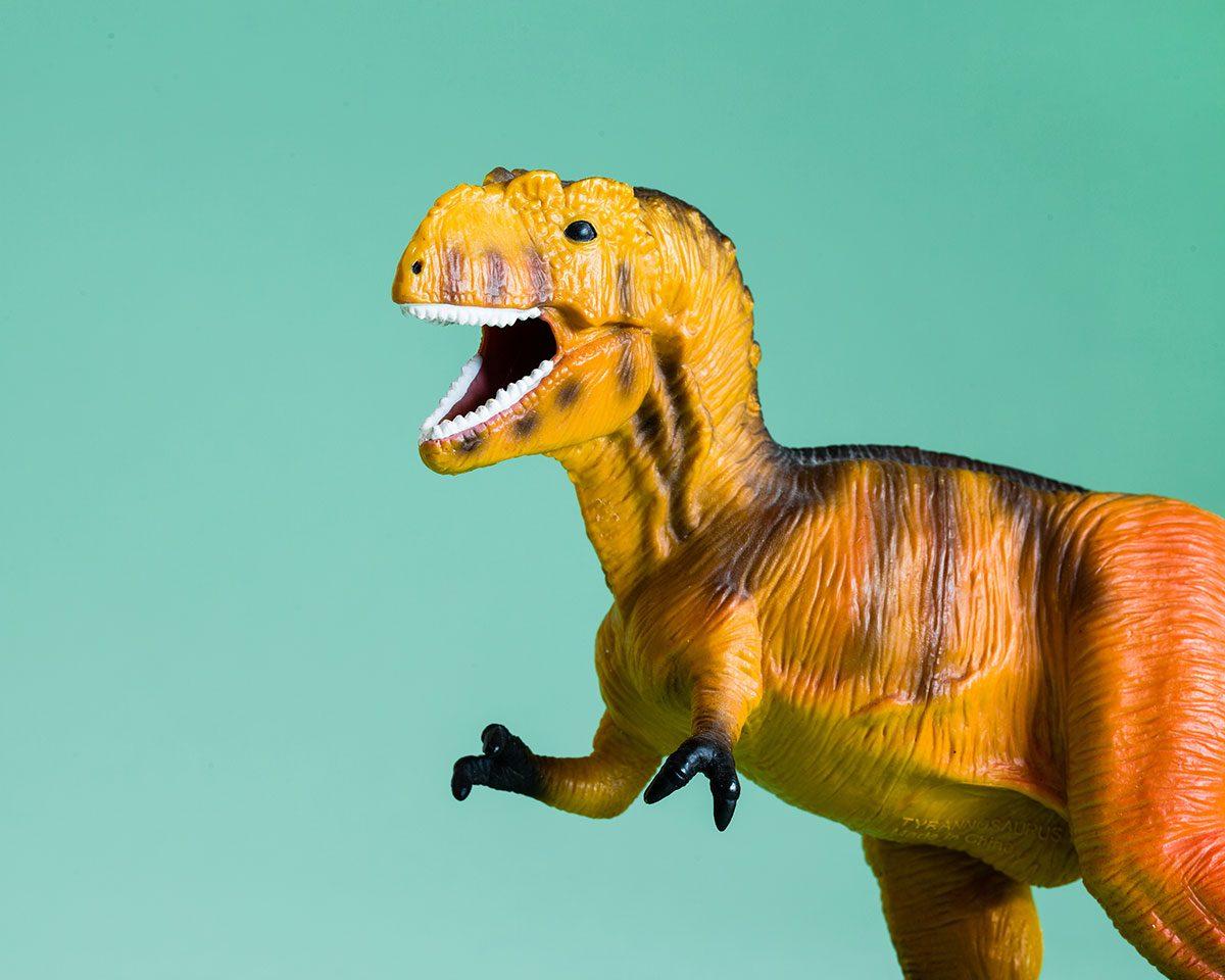 Funny parenting Tweets - t-rex dinosaur toy