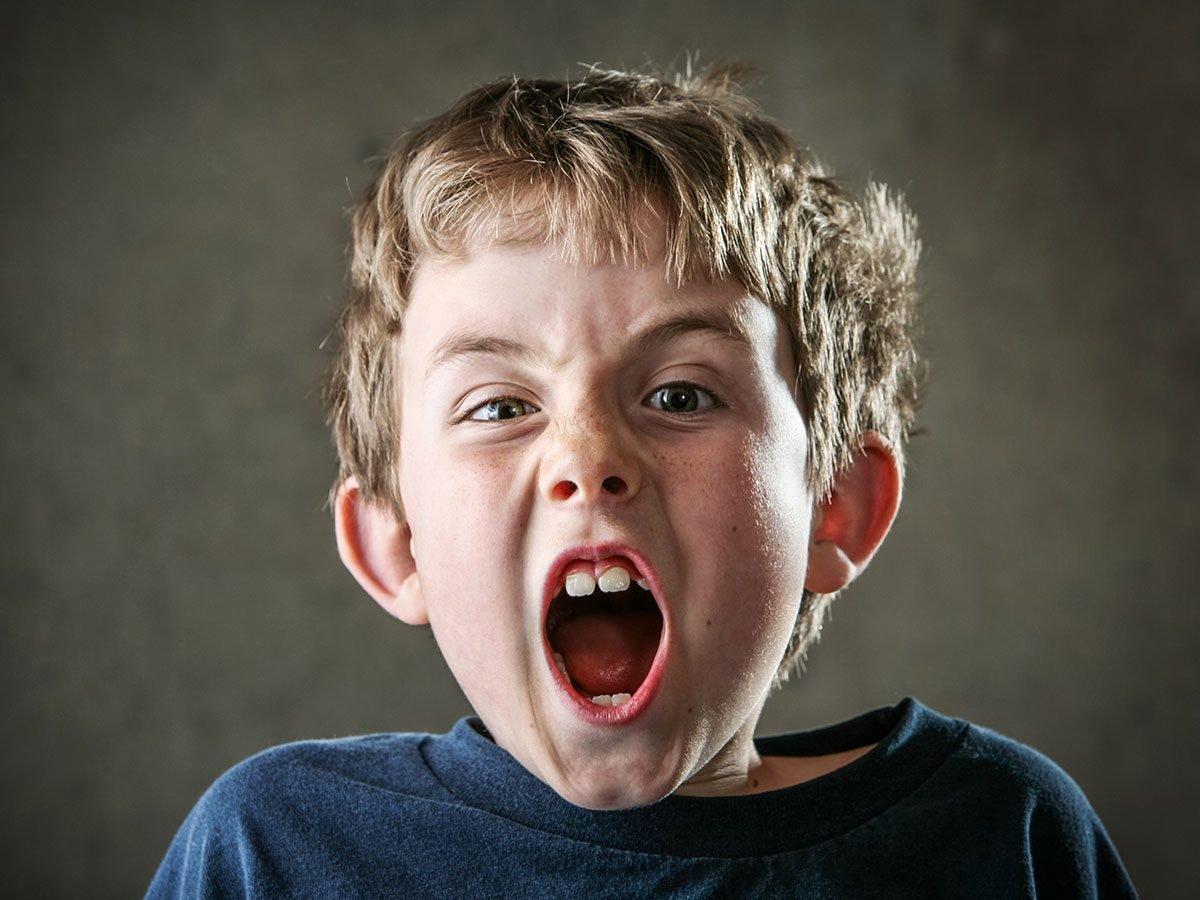 Funny parenting tweets - Boy yelling