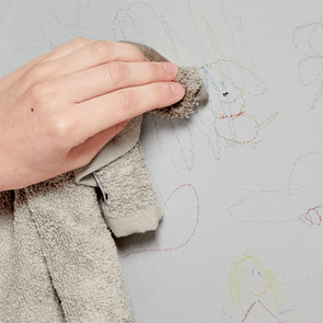 Spring cleaning tips - Remove Crayon Marks From Wall