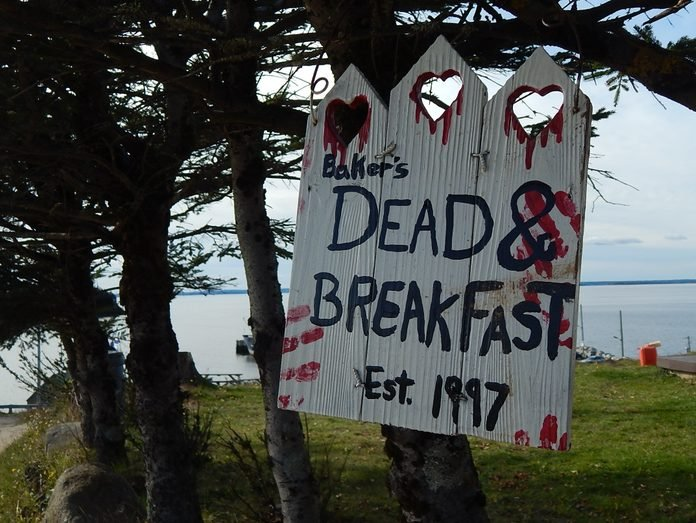 """Sign that reads: """"Dead and Breakfast"""""""