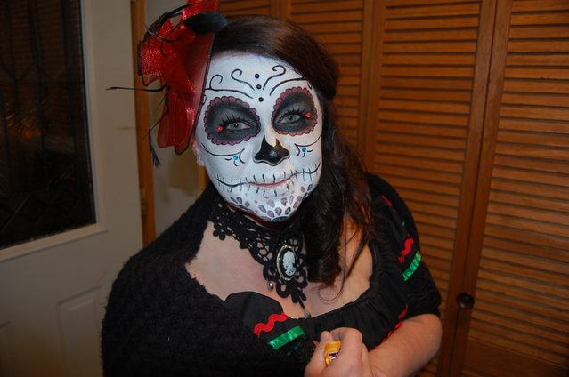 A girl in artful corpse makeup