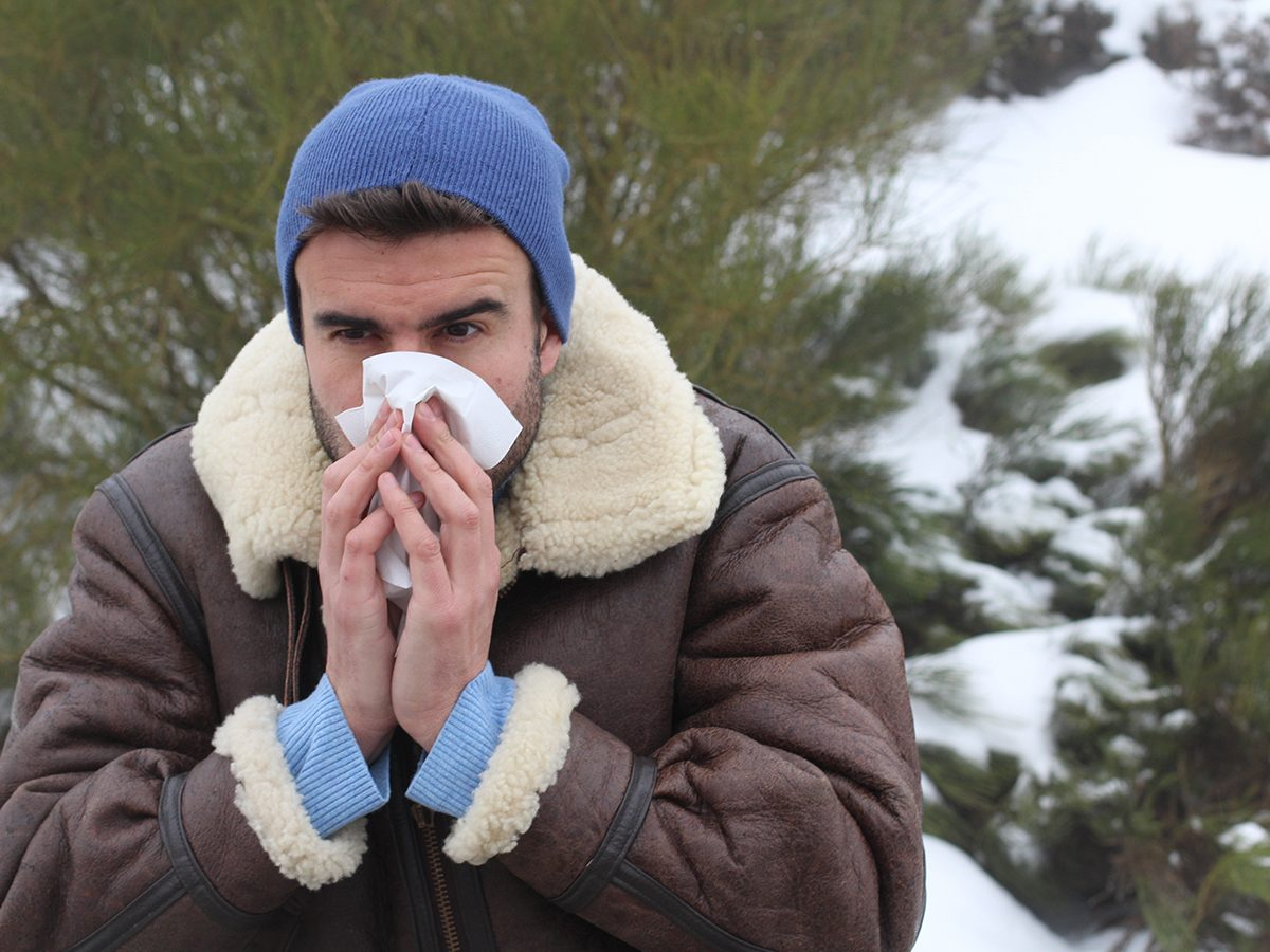Hilarious tweets - man blowing nose cold in winter