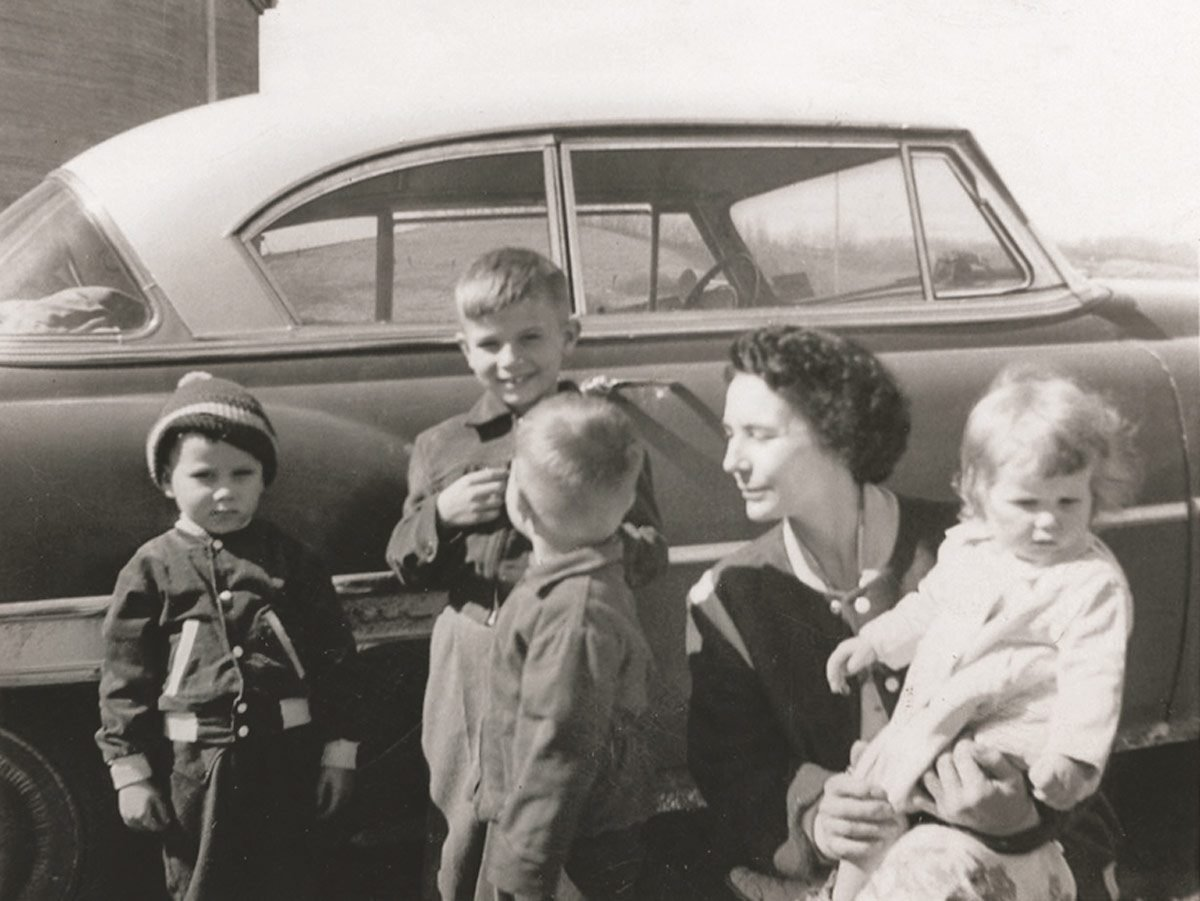 Anne in 1957 with her first four children (Bonnie was born in 1967).