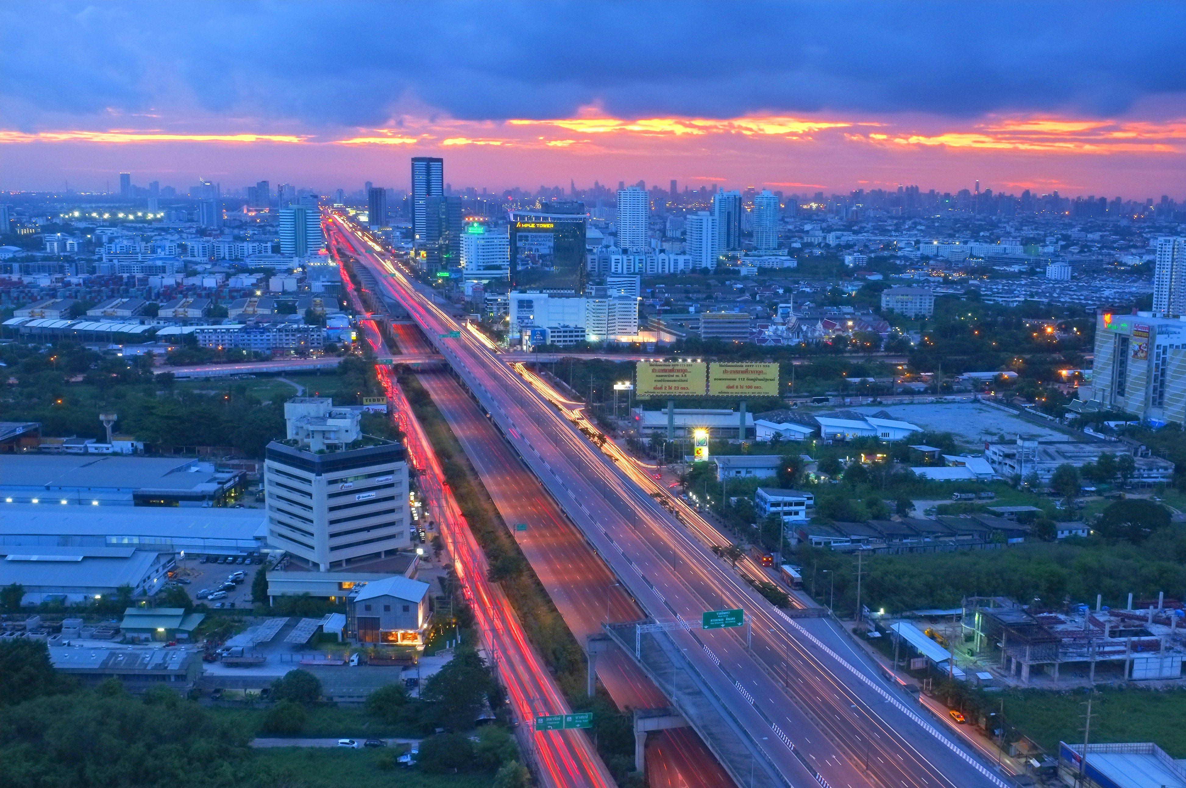 bang na thailand bridge
