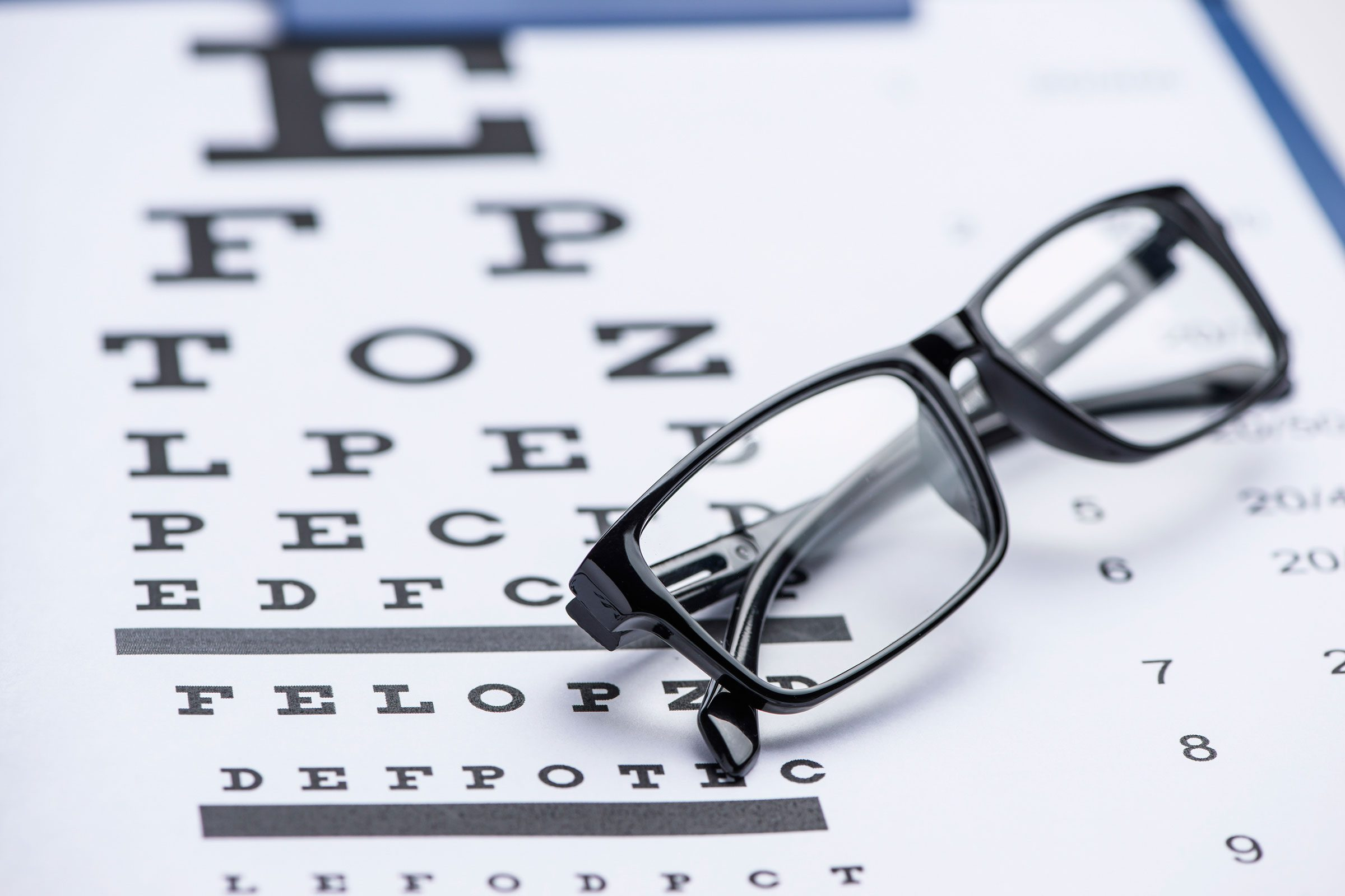 07-exam-signs-you-need-new-glasses