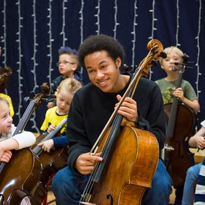 Good news - Sheku Kanneh-Mason playing cello