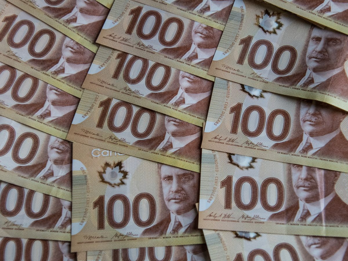 Canadian hundred dollar bills