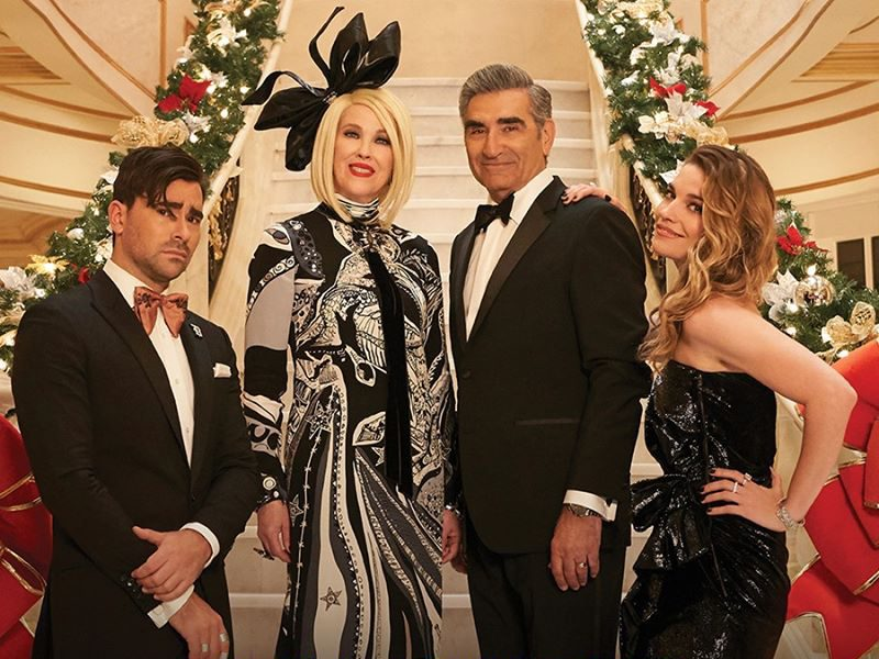 Schitt's Creek Christmas - Rose family