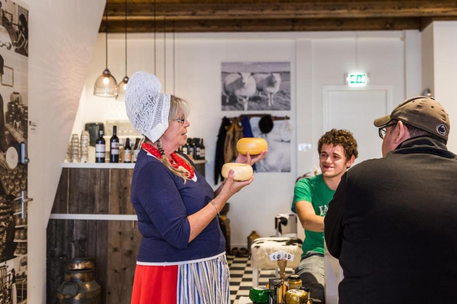 Things to do in Amsterdam - Henri Willig cheese tasting