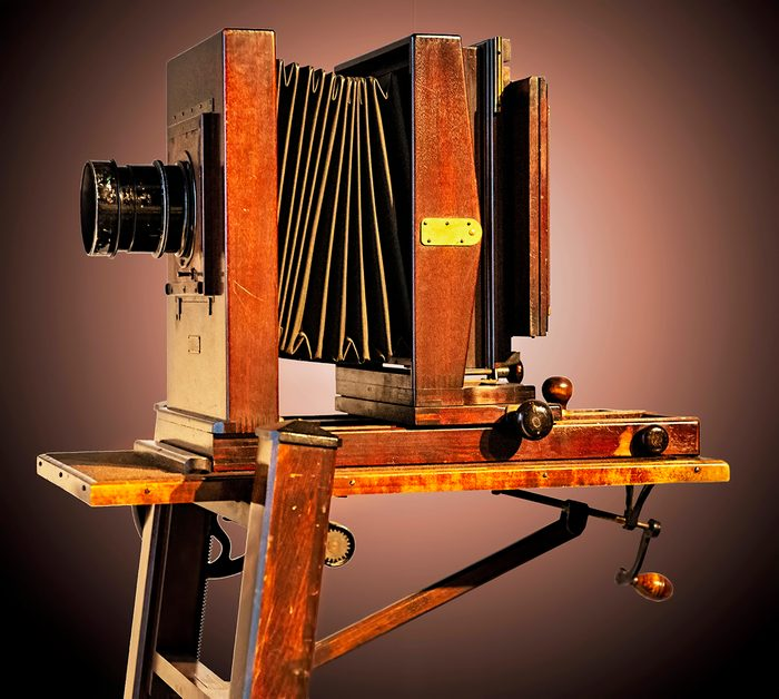 historical canadian photos - antique camera