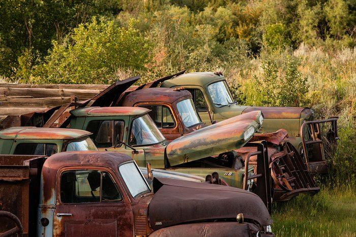 historical canadian photos - old trucks