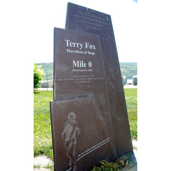 historical canadian photos - Terry Fox