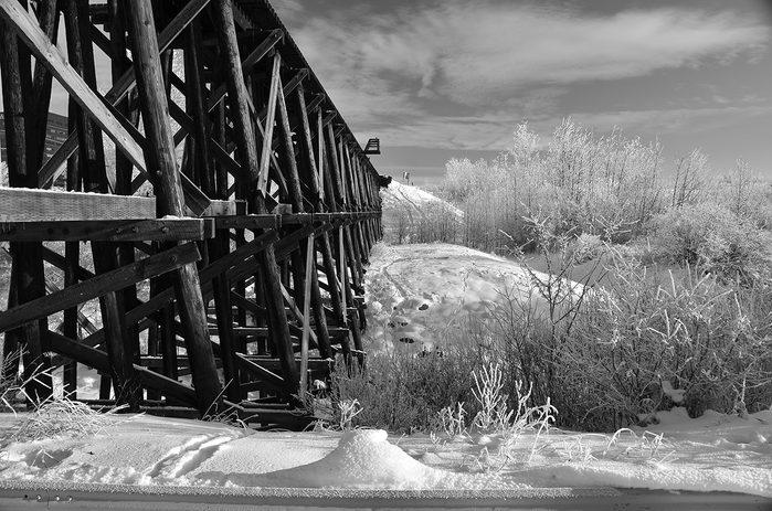historical canadian photos - trestle bridge