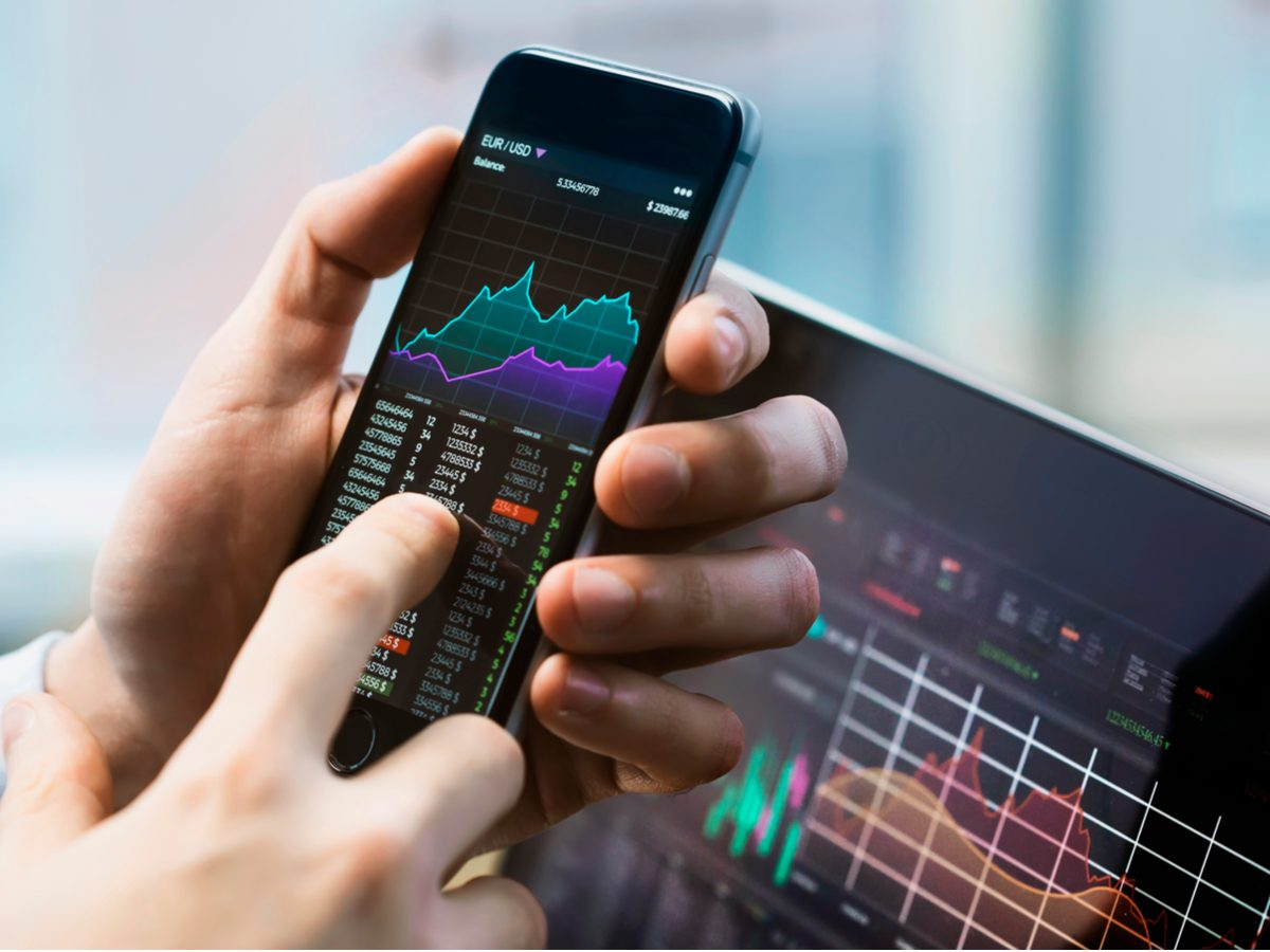 Investing in stocks on smartphone