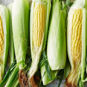 ears of sweet corn on the cob
