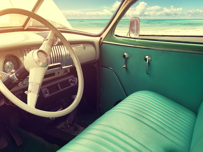 Vintage car features - front bench seat