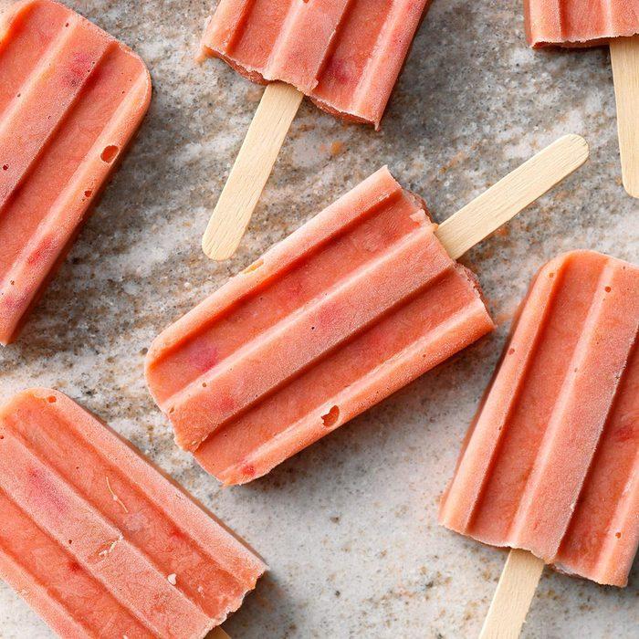 Strawberry-rhubarb ice pops