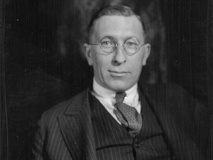 Canadian Heroes - Dr Frederick Banting