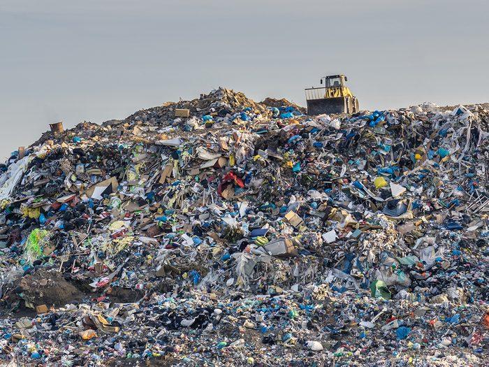Canadian slang - garbage dump
