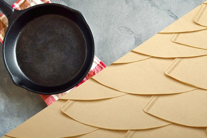 Uses for coffee filters - Keep skillets rust-free