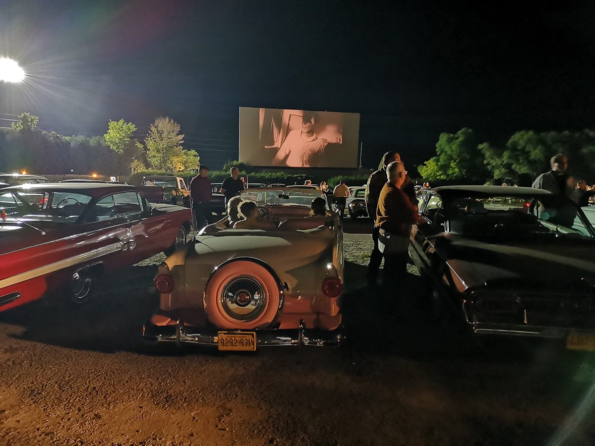 Best drive in theatres across Canada - 5 Drive In Oakville