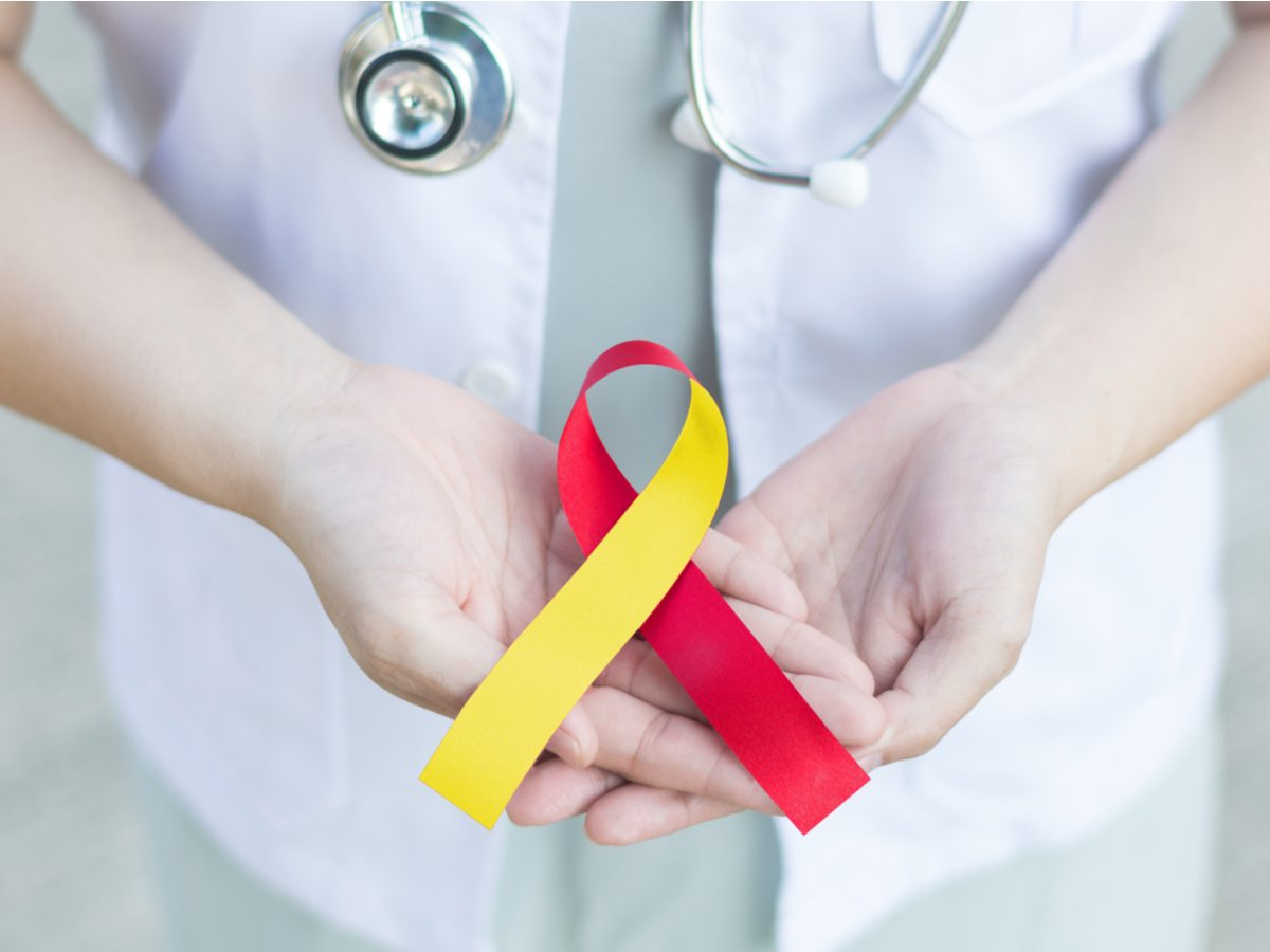 Hepatitis C ribbon