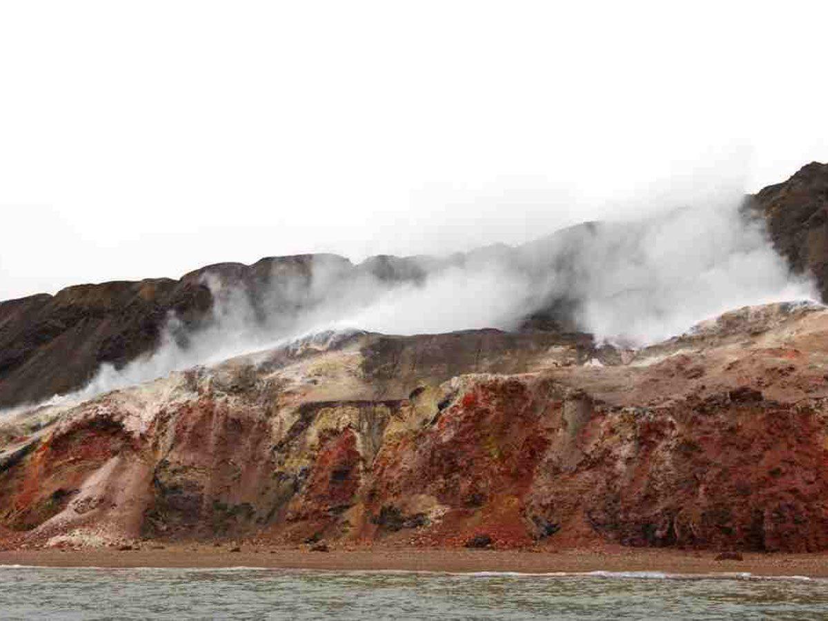 Canadian geography - Smoking Hills, Northwest Territories