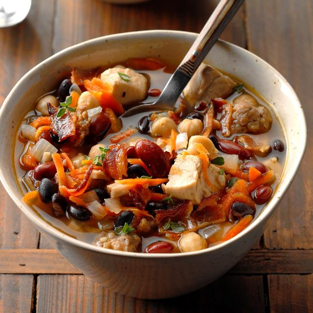 Chicken cassoulet soup recipe