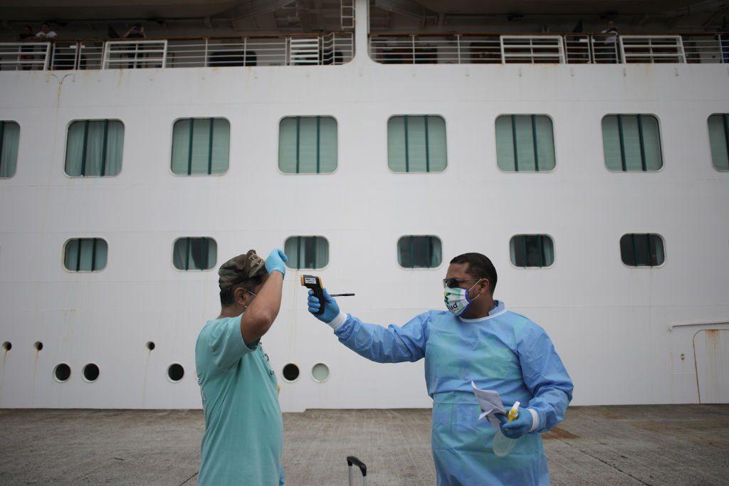 PANAMA-HEALTH-VIRUS-CRUISE