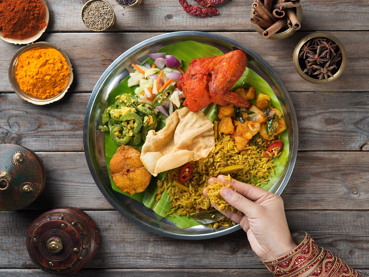 Indian cuisine - only touch food with right hand