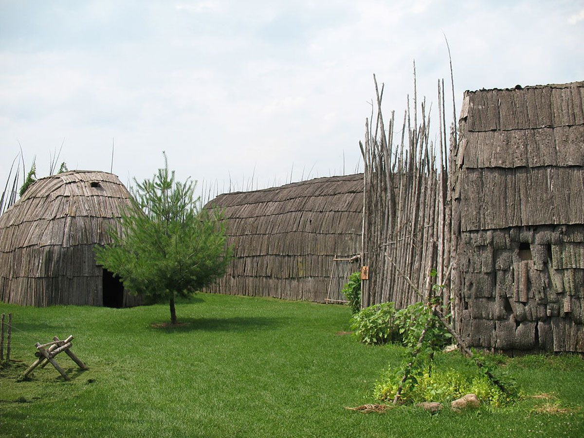 Day trips from Montreal - Droulers-Tsiionhiakwatha archaeological site