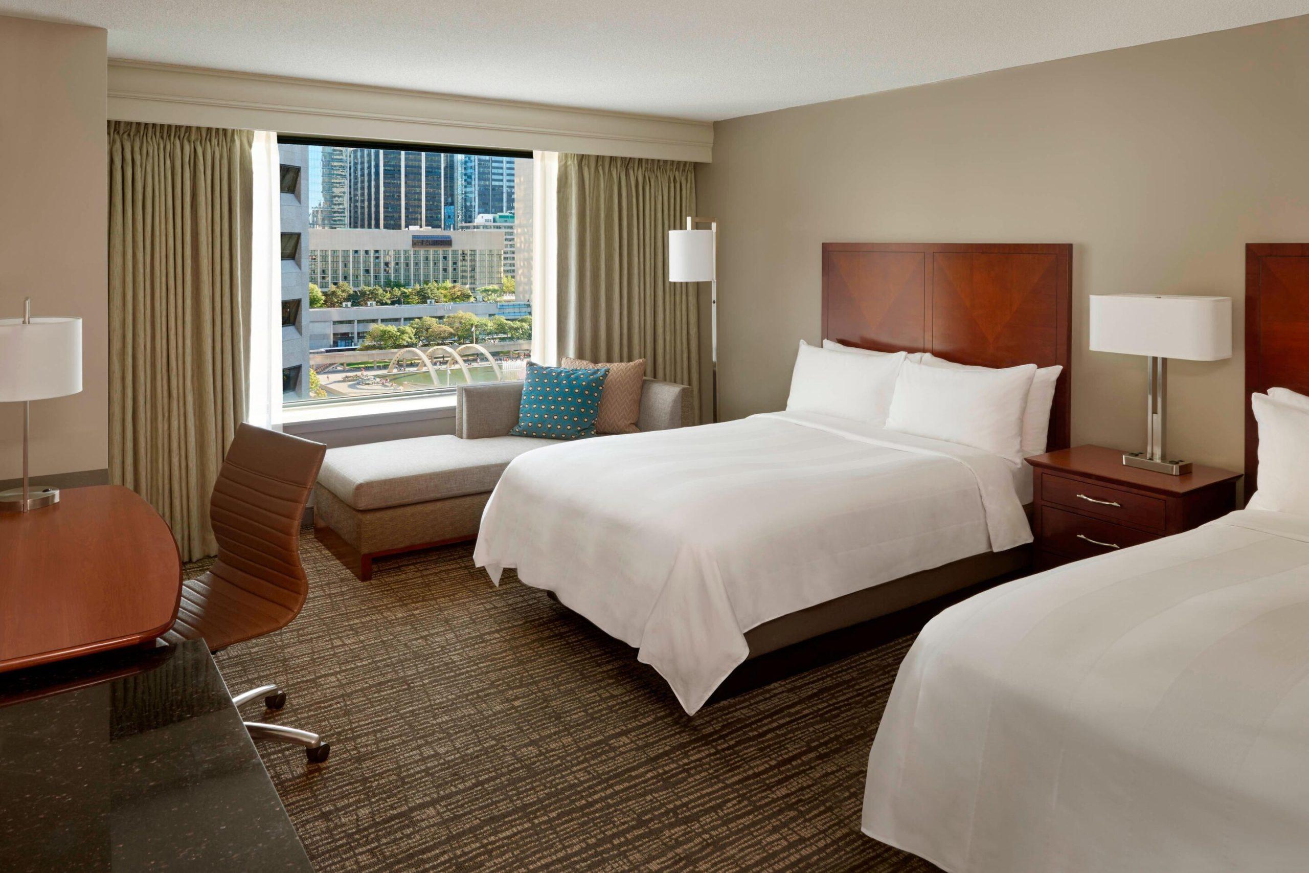 Marriott CF Eaton Centre guest room