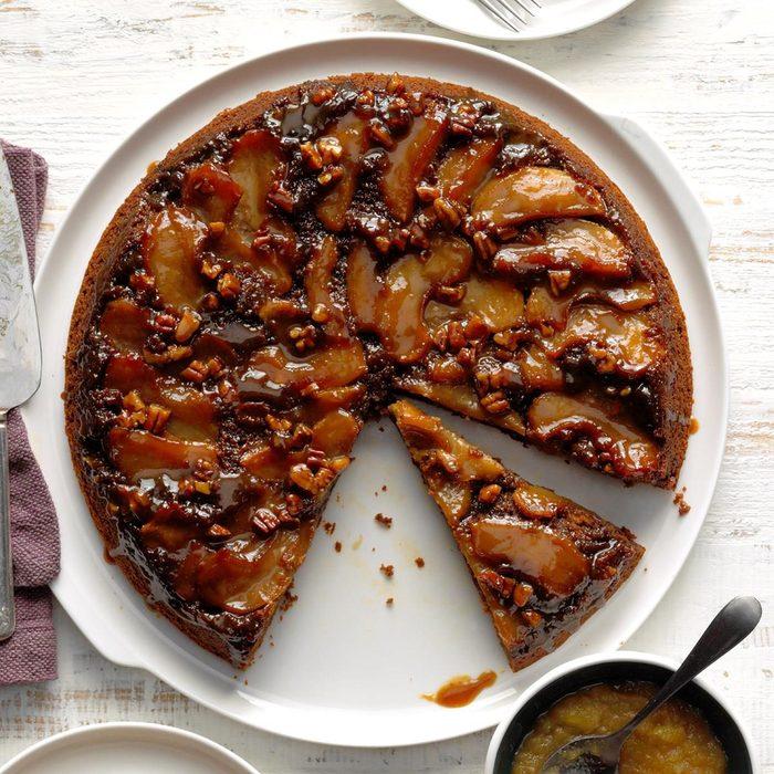 Apple Gingerbread Skillet Cake