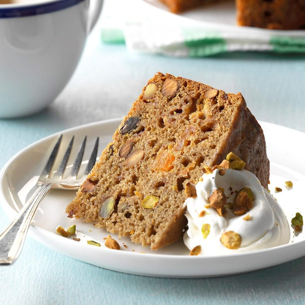 Slow-Cooker Mixed Fruit and Pistachio Cake