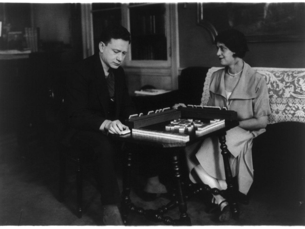 Mahjong 1920s - Alma Gluck and her husband playing mahjong, March 4, 1924