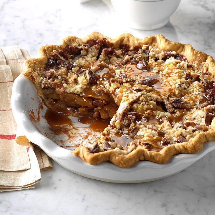 Caramel-Pecan Apple Pie recipe