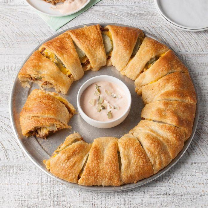 Cheeseburger Crescent Ring recipe