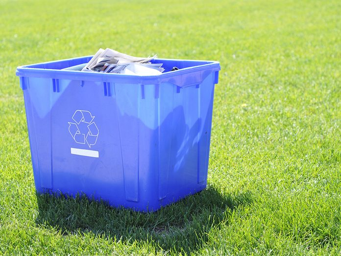 Earth Day Quiz - Blue Box for Recycling