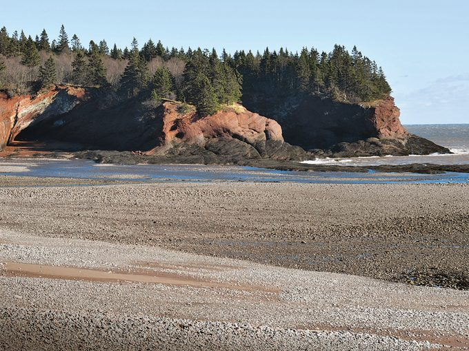 St Martins New Brunswick Sea Caves Low Tide
