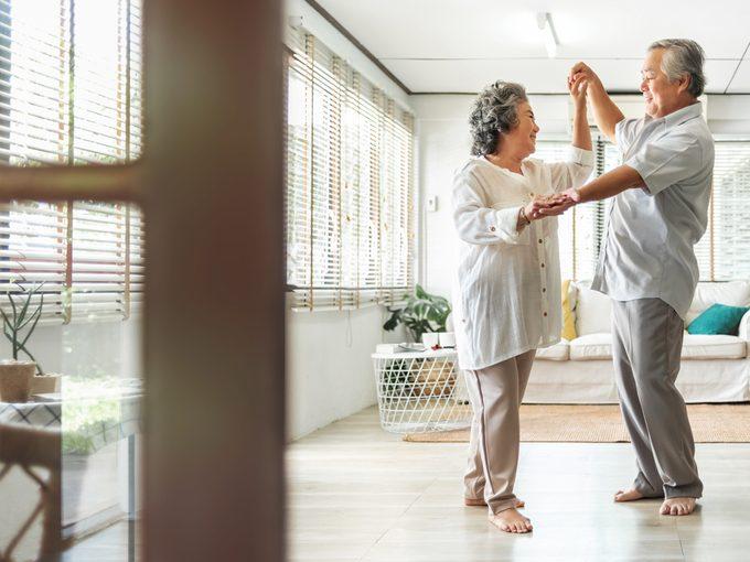 Trelegy Img4 - Older couple dancing together