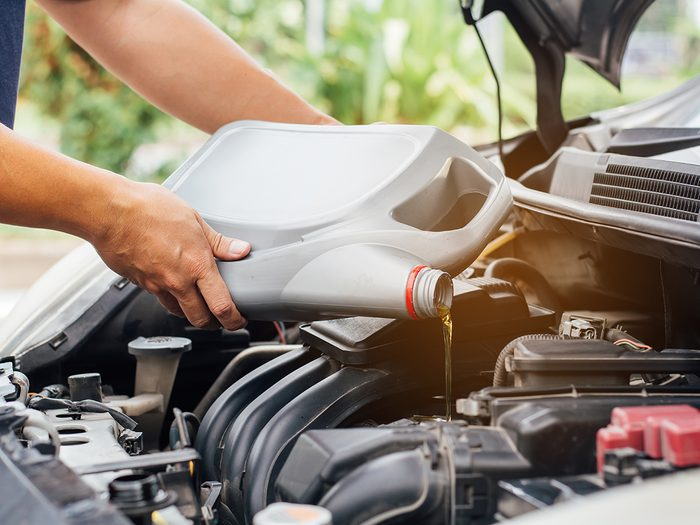 What happens to your car when you don't drive it - Adding engine oil