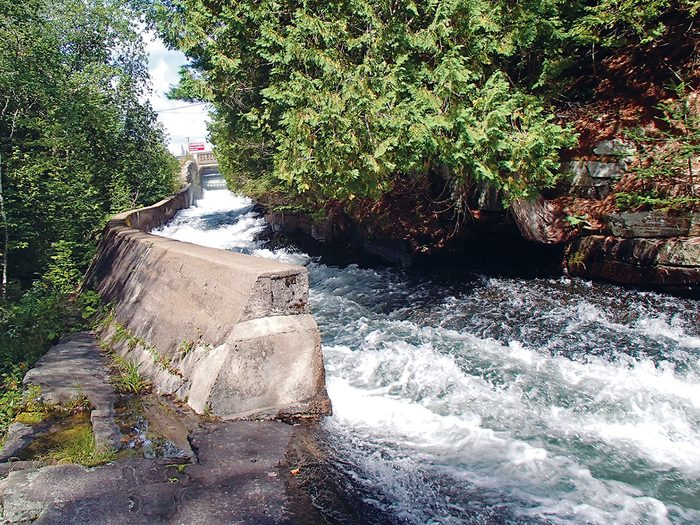 Haliburton Highlands - Buttermilk Falls