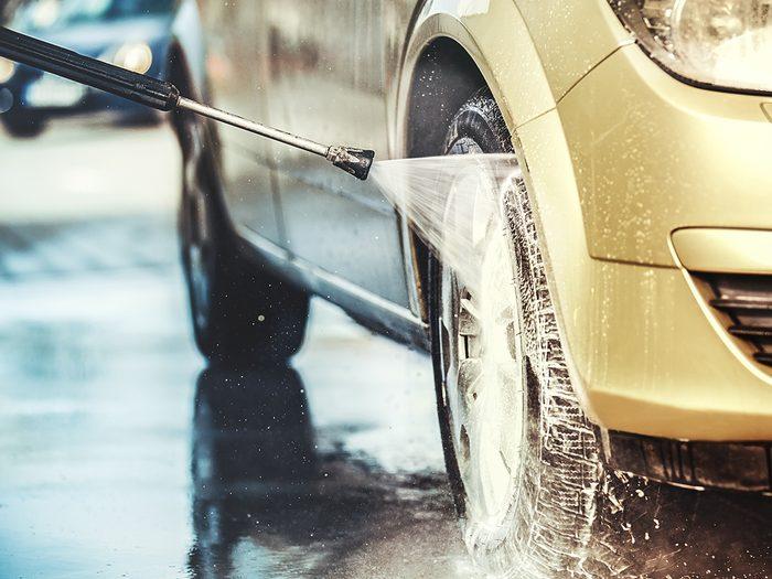 Pressure washing car clean